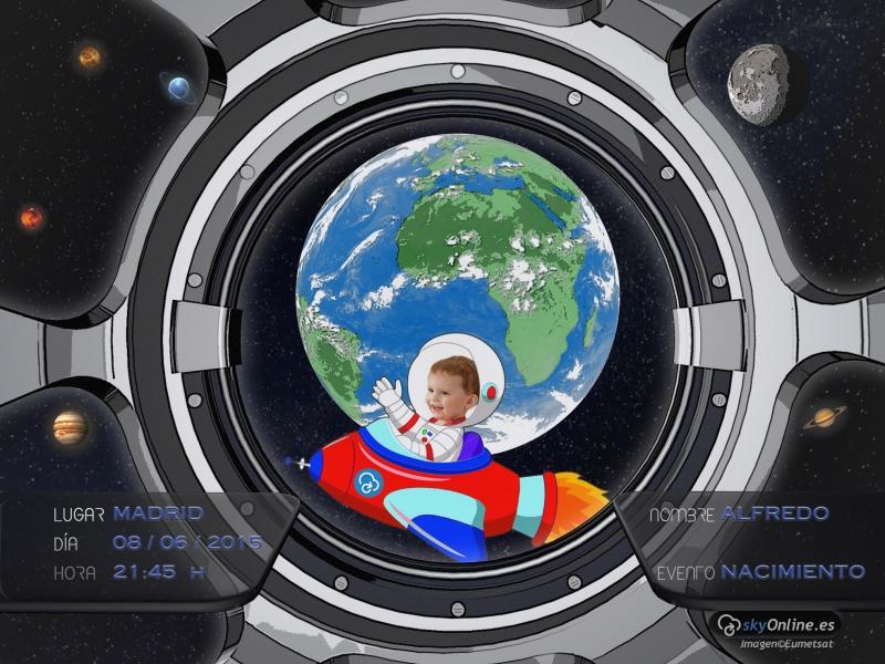 Astronauta dibu-personalizable. Imágenes reales de Meteosat.